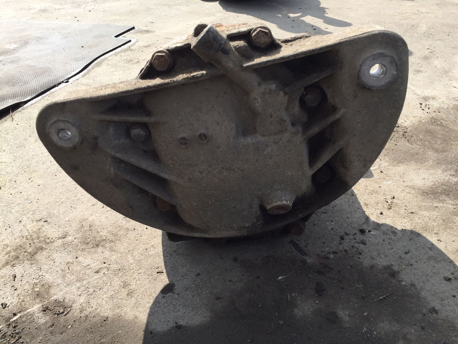 Bmw 5 Series E39 Rear Differential Diff 2 81 Ratio 1214224 Warranty 62 309 Railway Auto Spares