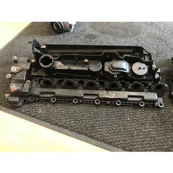 BMW E46 E60 E61 E83 E53 02-06 330d 530d X3 X5 3.0d ROCKER COVER CAM COVER ENGINE COVER M57N 306d2 7789395 R2