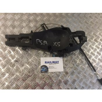 BMW 2008 X5 E70 REAR LEFT DOOR HANDLE CARRIER & BOWDEN CABLE 7137053 7137089 B207 *262