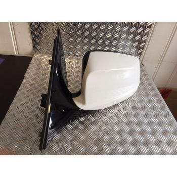OEM BMW 2011 5 SERIES F10 PASSENGER SIDE WING MIRROR LEFT DOOR MIRROR WHITE Y157 *324