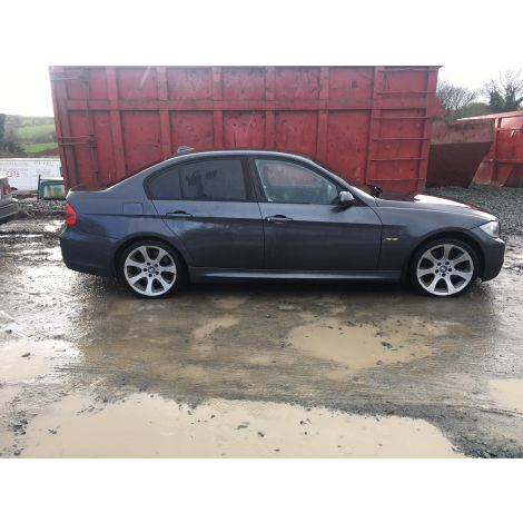 BMW E90 3 SERIES 2005 330d M-SPORT SALOON 6 SPEED MANUAL SPARKLING GRAPHIC PARTS SPARES BREAKING QUOTE *216
