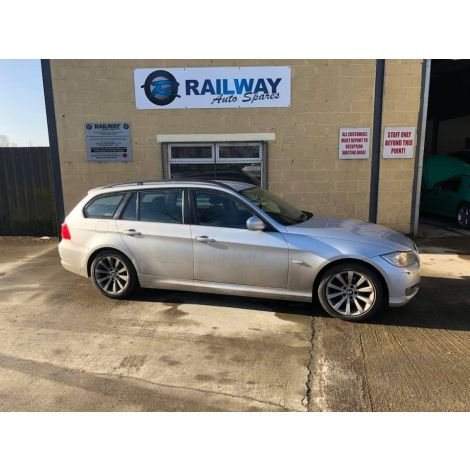 BMW E91 3 SERIES 2009 318i 6 SPEED MANUAL TITAN SILVER PARTS SPARES BREAKING QUOTE *257