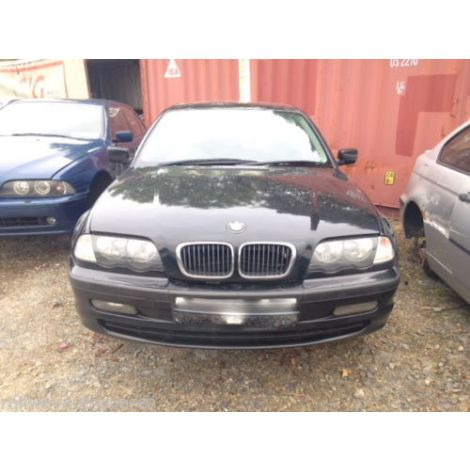 BMW E46 3 SERIES 2001 320D SALOON 5 SPEED MANUAL BLACK SAPPHIRE PARTS SPARES BREAKING QUOTE *82