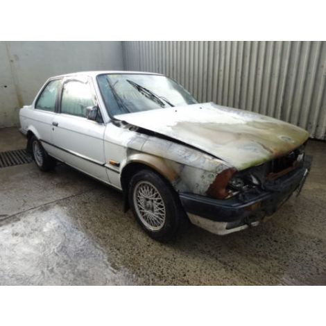 BMW E30 1989 325i COUPE 5 SPEED MANUAL ALPINE WHITE PARTS SPARES BREAKING QUOTE *133