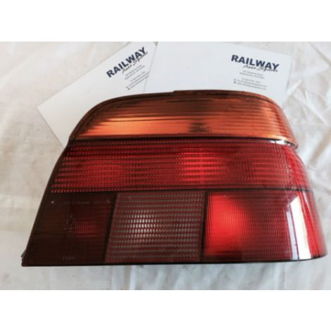 BMW E39 1997-2001 5 SERIES REAR LIGHT CLUSTER RIGHT REAR TAILLIGHT E39 8358032 #77
