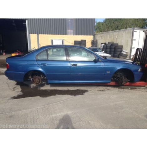 BMW E39 530i SPORT 2001 AUTO 5 SPEED TOPAZ BLAU PARTS SPARES BREAKING QUOTE *78