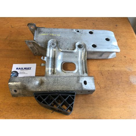BMW 2011 1 SERIES F20 118i FRONT RIGHT DEFORMATION ELEMENT F20 F22 F30 7266192 RS *409