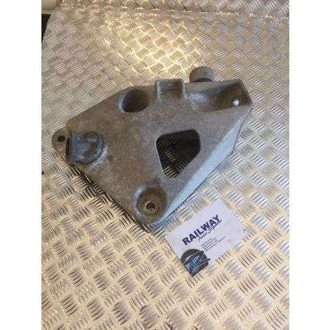 BMW 2011-2015 3 SERIES F30 330d LEFT ENGINE SUPPORT BRACKET ENGINE MOUNT N57N 6788615 B182 B372 *281