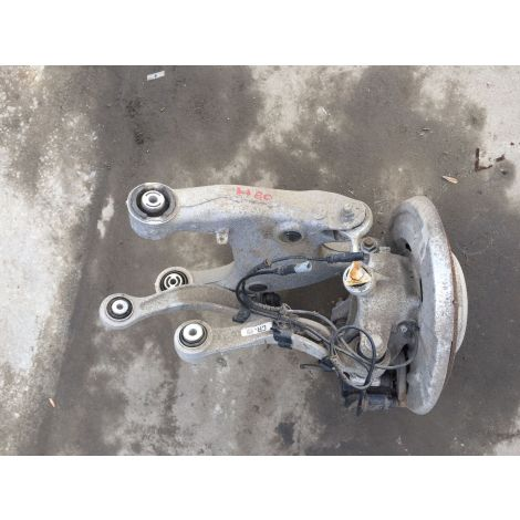 BMW 2012 5 SERIES F10 520D DRIVER SIDE REAR SUSPENSION CORNER HUB DRIVESHAFT ARM HUB 33207614290 #60